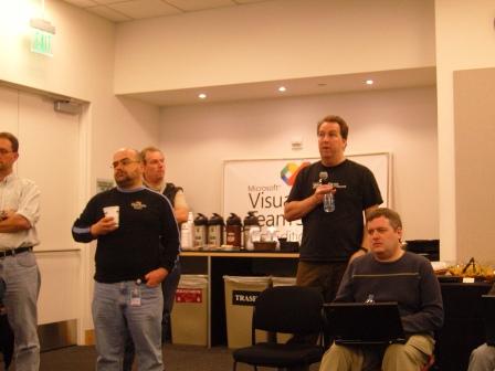 답변을 하고 있는 VSTS 팀